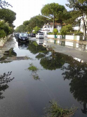 Una strada allagata a Lido di Spina (foto Bellini)