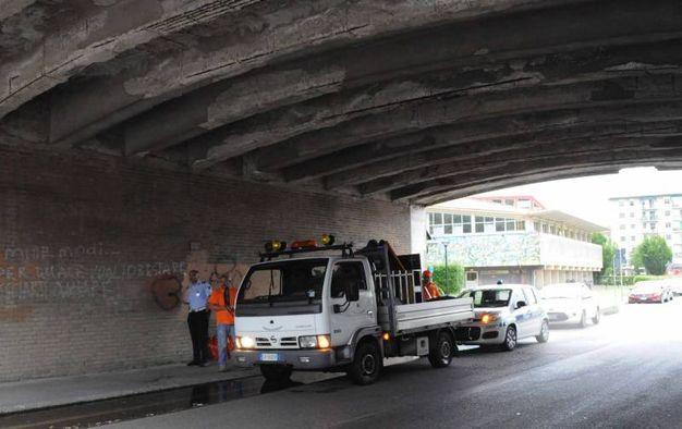 Il sottopasso delle mura vicino a via Tumiati a Ferrara