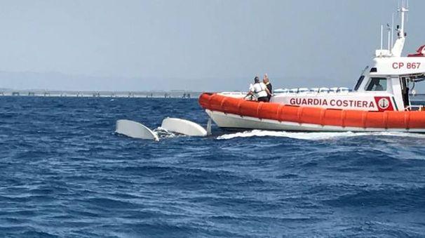 Il catamarano rovesciato