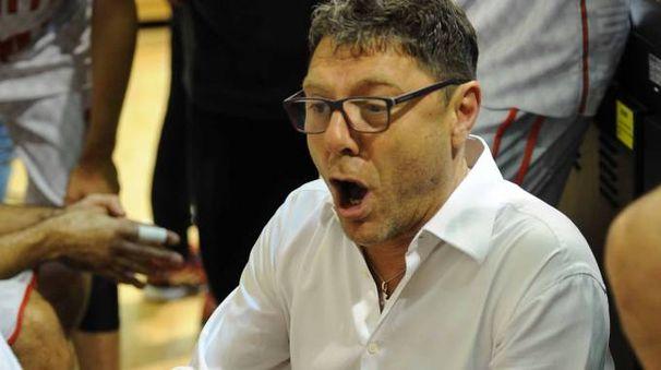 Il coach della Baltur Cento, Giovanni Benedetto