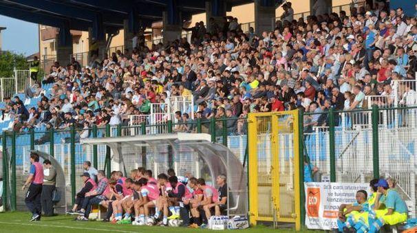 La tribuna dello stadio Città di Gorgonzola