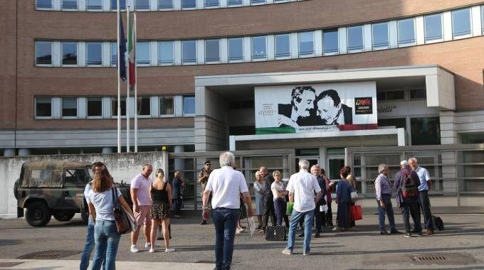 Il tribunale di Brescia (Alive)