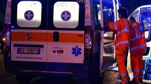 Sul posto per i soccorsi due ambulanze e  l'elisoccorso da Bologna