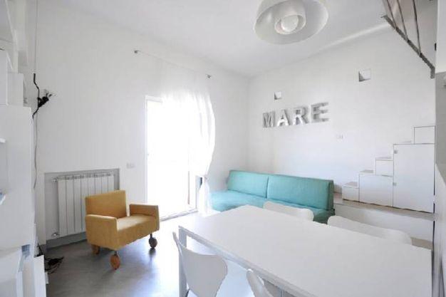 progettare e arredare un piccolo appartamento al mare