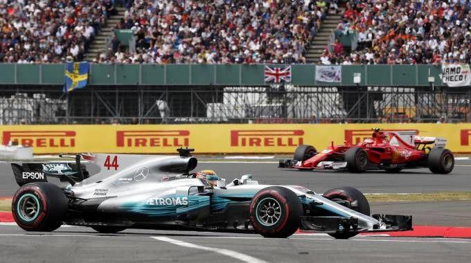 Formula 1 Gp Silverstone, Hamilton e Raikkonen (Ansa)