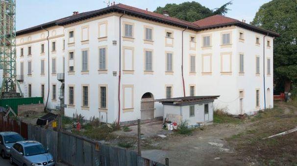Palazzo Omodei, resytling  incompiuto