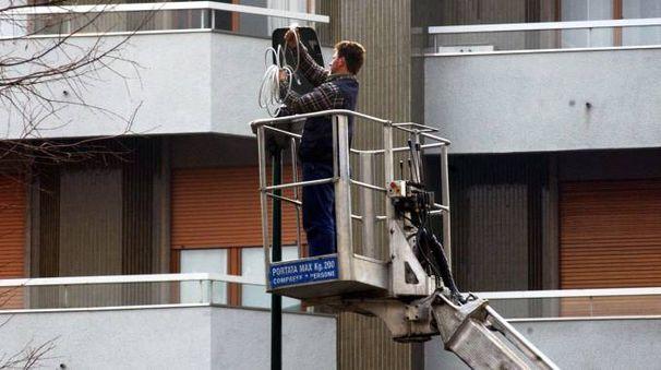 I lavori per la nuova illuminazione in città