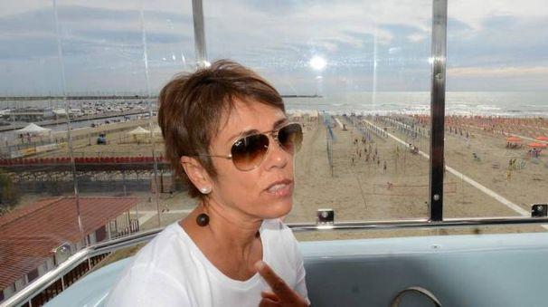 L'assessore Patrizia Lombardi in cabina nel giorno dell'inaugurazione