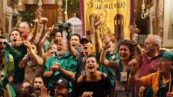 La grande festa del Villaggio e la corsa (foto Germogli)