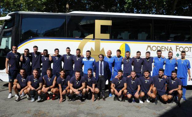 La compagine gialloblù in partenza è composta da ventiquattro giocatori (FotoFiocchi)