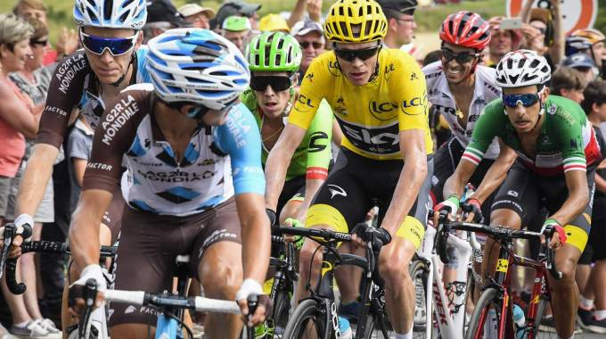 Fabio Aru e i big al Tour de France 2017 (Afp)