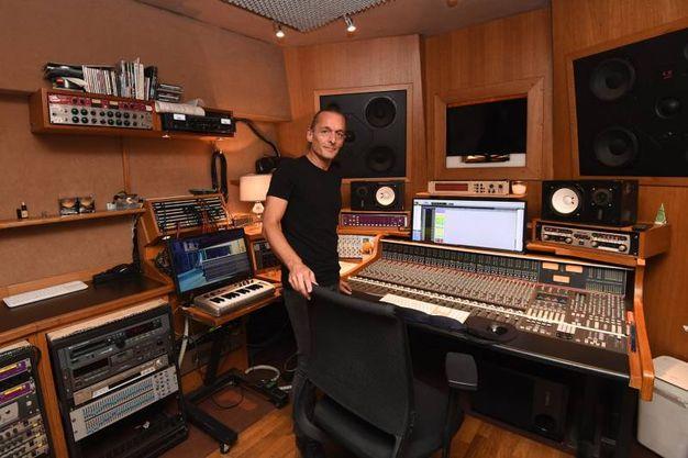 Bologna porte aperte nella casa studio di vasco rossi cosa fare in citt - Studio di registrazione in casa ...