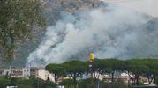 L'incendio visto da Prato Est (foto di Piero Giacomelli)