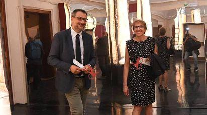 Un momento della visita alla mostra 'Bologna Experience' a palazzo Belloni (foto Schicchi)