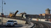 I lavori sul ponte (Foto Lanari)