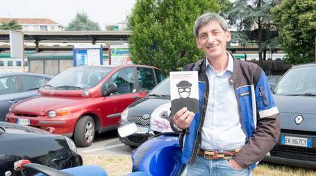 Francesco Ghelardini con il suo libro