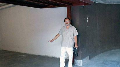Il sindaco nel box di via Aldo Moro
