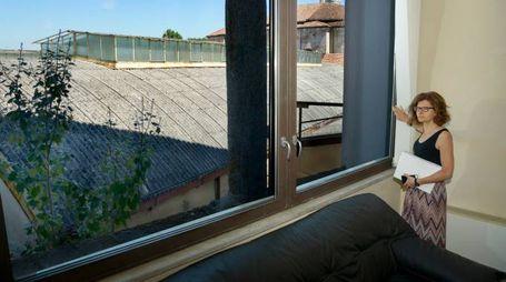 """Il """"panorama"""" su alcuni tetti adiacenti alla sede della Provincia (Cavalleri)"""