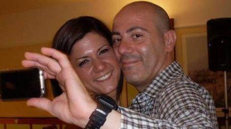 Mariarca Mennella con l'ex marito e suo assassino Antonio Ascione (Ansa)