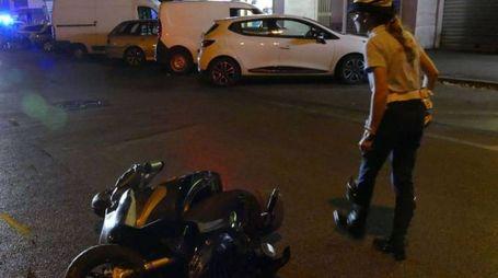 L'incidente in via Carlo Marx (foto Attalmi)