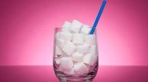 Lo zucchero può provocare anche patologie psichiatriche – Foto: iStock / AngiePhotos