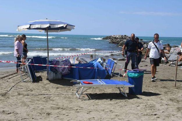 Turista fa il bagno in mare e annega foto cronaca - Bagno milano marina di massa ...