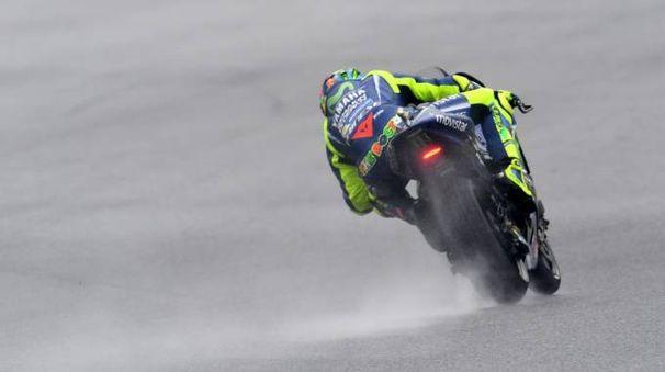 Valentino Rossi in azione a Brno (Afp)