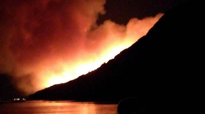 Incendio sul San Bartolo