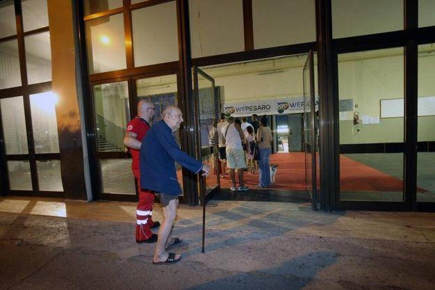 Evacuati di tutte le età (Fotoprint)
