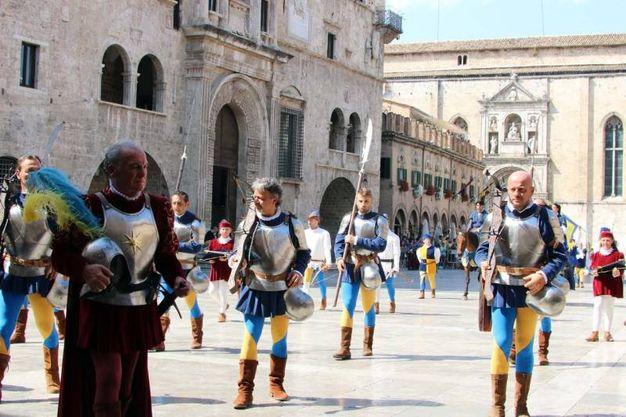 Gli armati di Solestà (foto Labolognese)