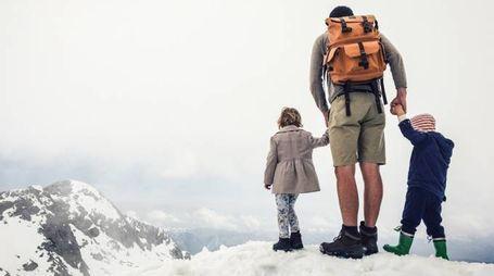 Bambini piccoli ad alta quota: si può fare? (Foto AleksandarNakic/iStock)