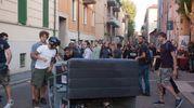 Le barricate improvvisate in via Orfeo (Schicchi)