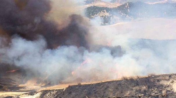 Incendio in una foto dei Carabinieri