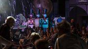 Lo spettacolo Alis alla Cittadella del Carnevale di Viareggio (foto Stefano Dalle Luche)
