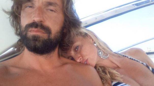 Andrea Pirlo e la compagna Valentina Baldini (Instagram)