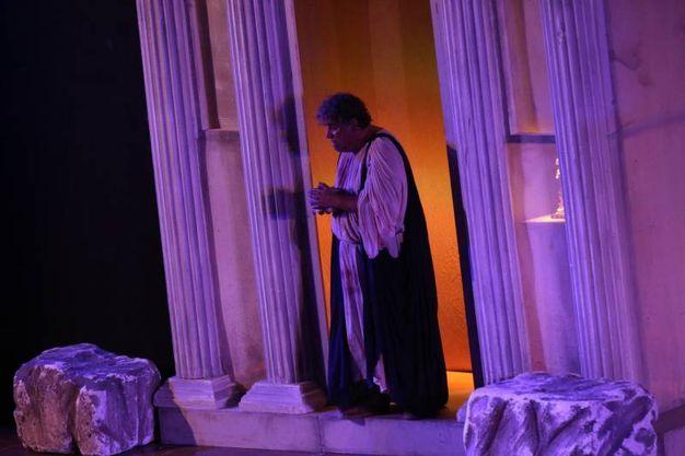 La rappresentazione teatrale è andata in scena mercoledì sera tra i colli sarsinati di Calbano (Foto Ravaglia)