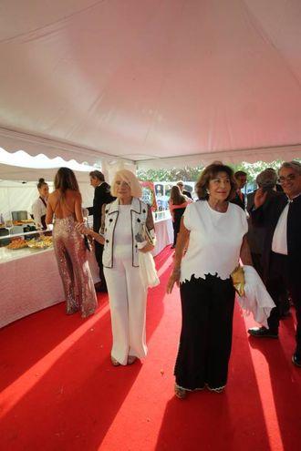 A destra, la principessa Nicoletta Odescalchi (Fotoprint)