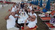 Cena in bianco in riva al mare (Fotoprint)