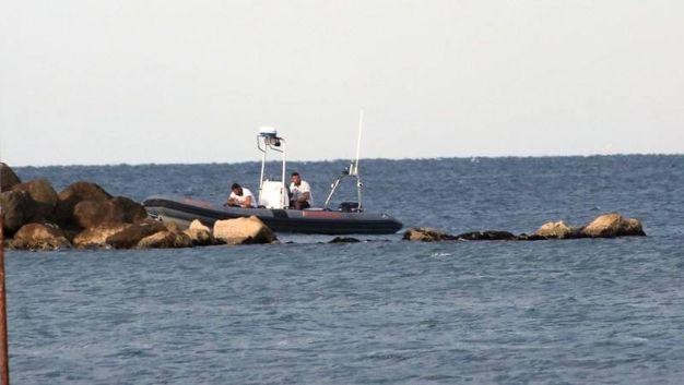 Ricerche in mare a Cesenatico per il sospetto annegamento di un sub (foto Ravaglia)