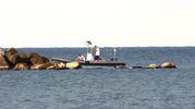Una fase delle ricerche in mare (foto Ravaglia)