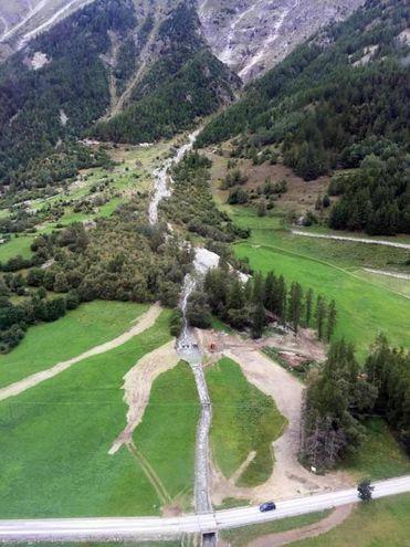 I danni del maltempo a Ollomont. La Valle d'Aosta ha chiesto lo stato di emergenza al Dipartimento nazionale della Protezione civile (Ansa)