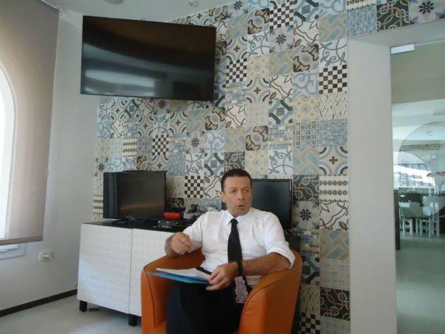 Moreno Ragnetti illustra i nuovi servizi dell'hotel