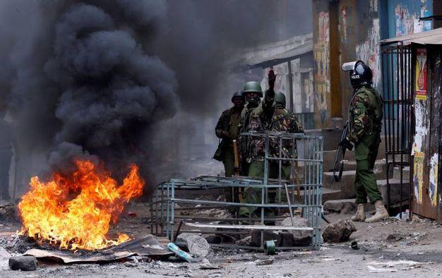 Kenya, scontri e violenze dopo i risultati delle elezioni (Lapresse)