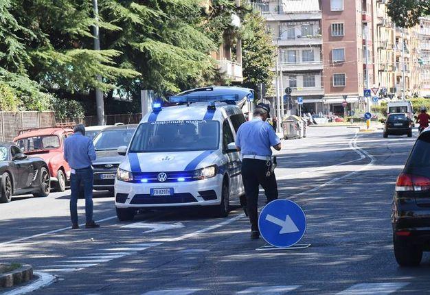Per i rilievi è intervenuta la polizia municipale (foto Schicchi)