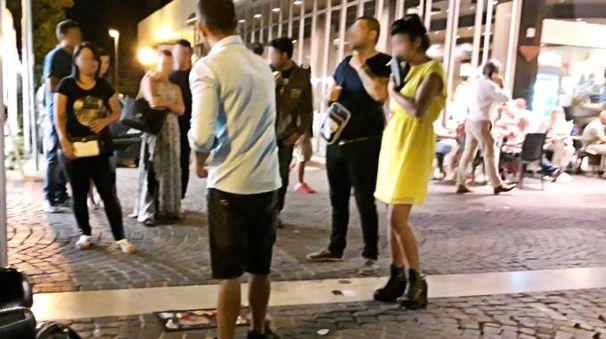 CASINO' ALL'APERTO Pallinari in azione sulle strade di Marina centro