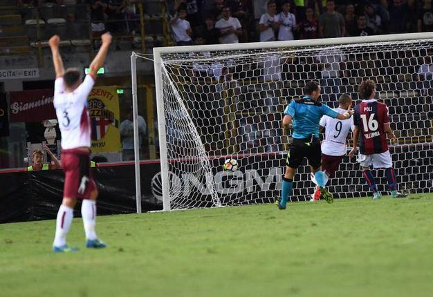 Uno dei gol del Cittadella (foto Schicchi)
