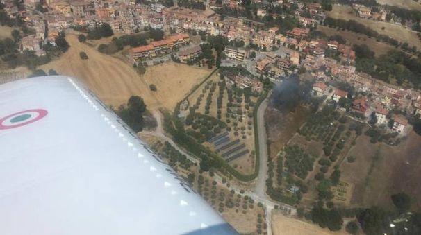 Uno dei due incendi avvistati dall'aereo del comandante Davide Picchi