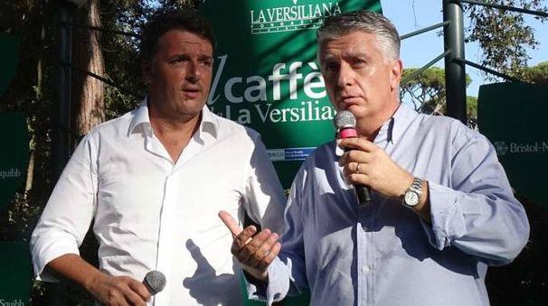 Matteo Renzi e Massimo Mallegni in Versiliana. La cena a Strettoia in queste ore fa discutere la politica cittadina