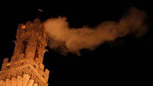 Incendio sulla Torre del Mangia (foto Di Pietro)