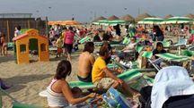 Marina di Ravenna, con i cellulari rubati nello zaino, denunciati due giovani